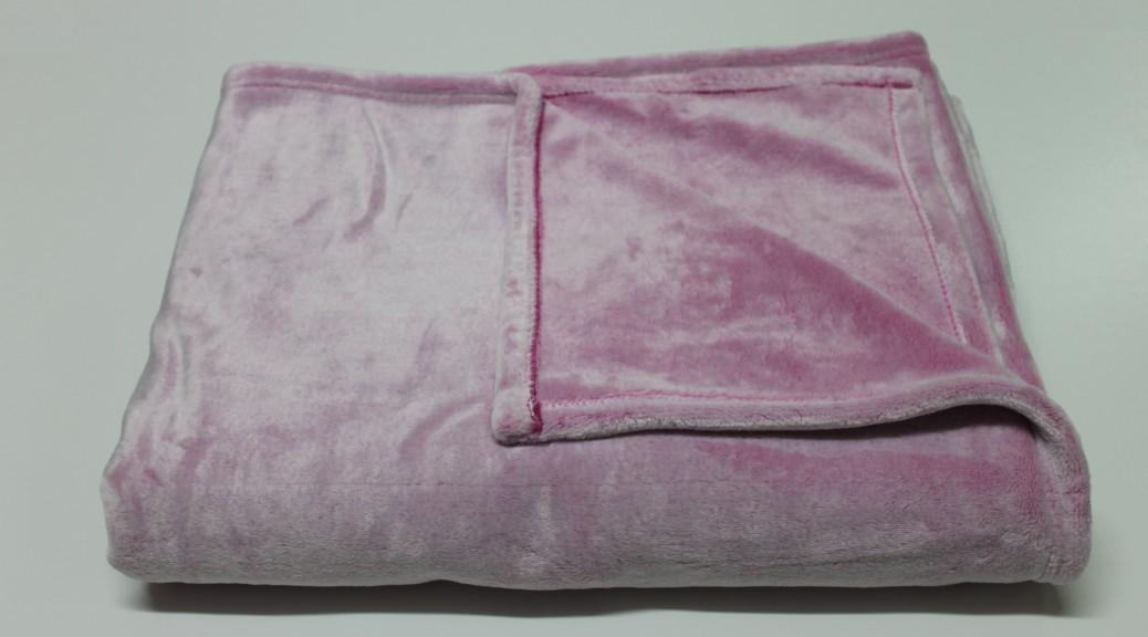 mikrofaser kuscheldecke rosa d10 haushalt und putzen. Black Bedroom Furniture Sets. Home Design Ideas